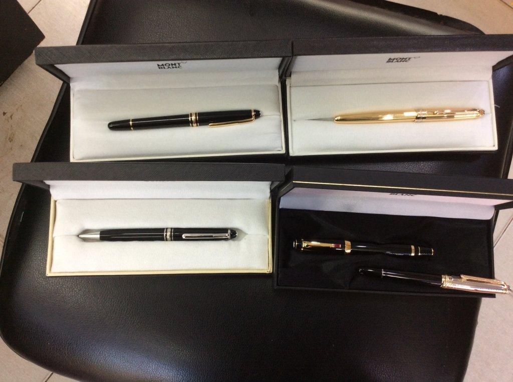 Bút bi nước Montblanc Solitaire - nắp bút bạc khối, lắc kê vàng ,mới 100% , hàng chính hãng