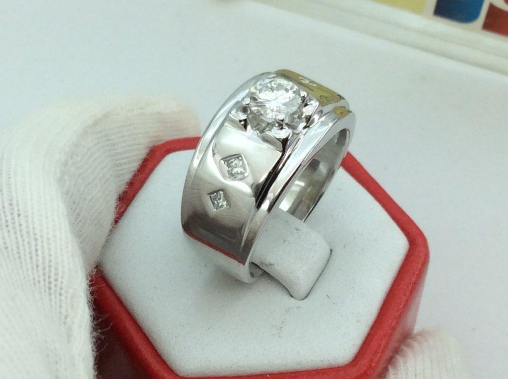 Nhẫn nam vàng trắng ổ ngoại có kiểm định  k33727