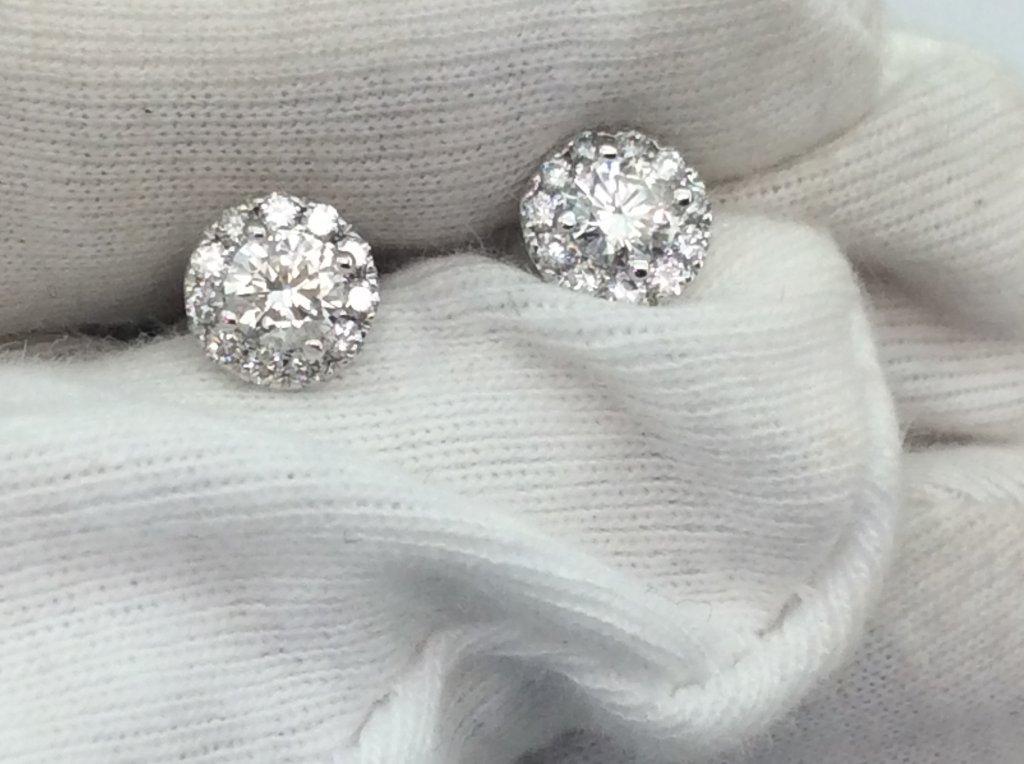 Hoa tai vàng trẮng 14k gắn kim cương thiên nhiên ổ ngoại H10237