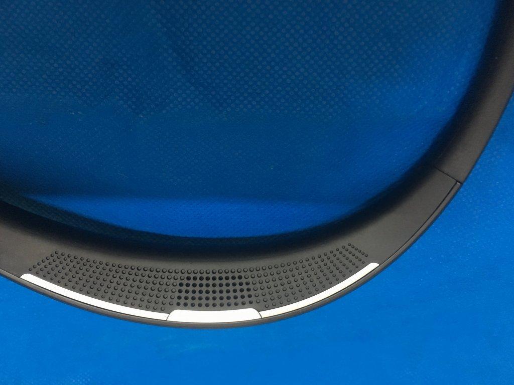 Thanh lý Sound Partner - loa đeo cổ nhỏ gọn của Sharp - 3