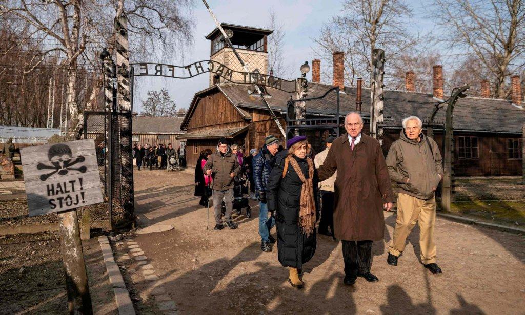 Auschwitz 2020_1_26 (1).jpg