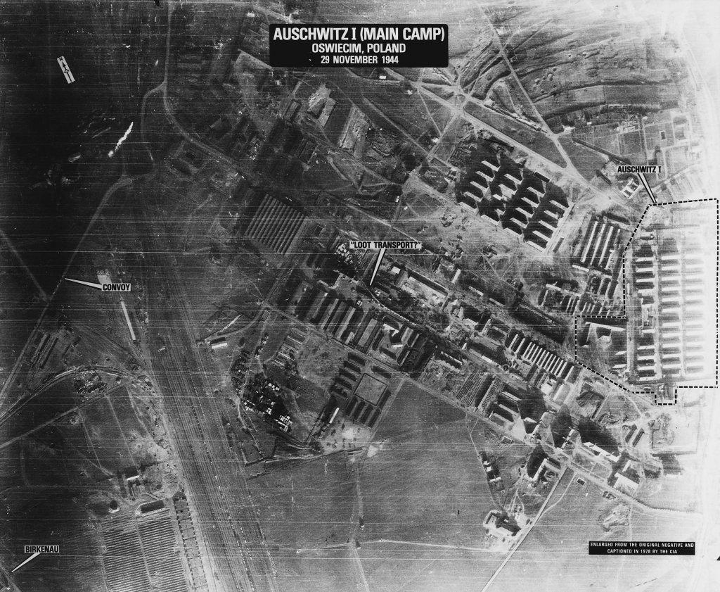 Auschwitz (3).jpg