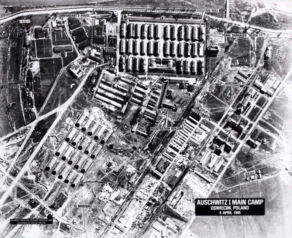 Auschwitz (4).jpg