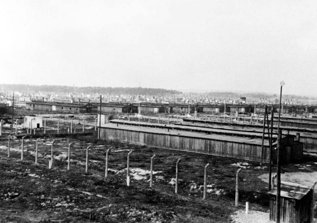 Auschwitz (5).jpg