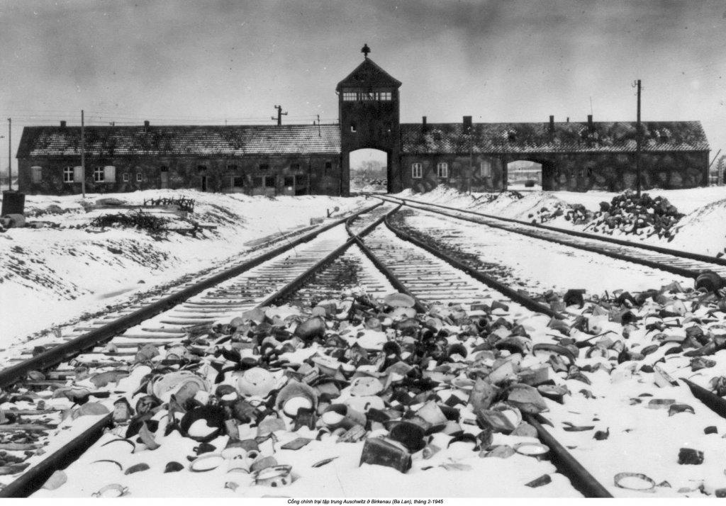 Auschwitz (6).jpg