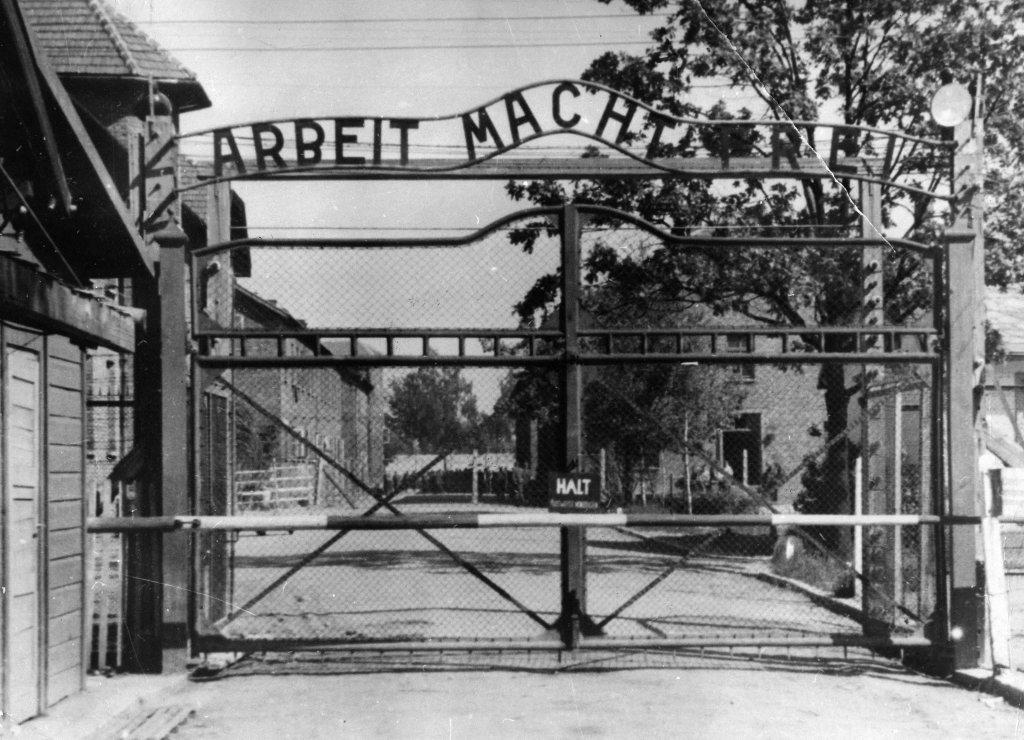 Auschwitz (18).jpg