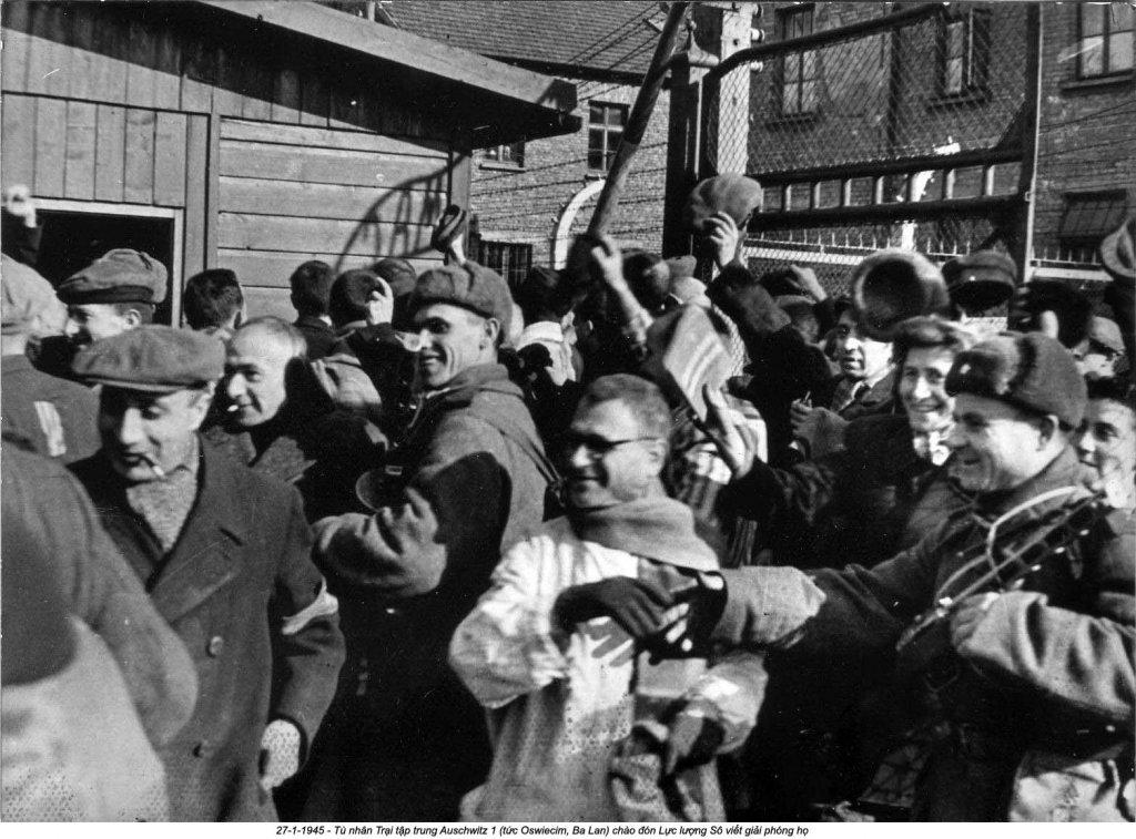 Auschwitz (26).jpg