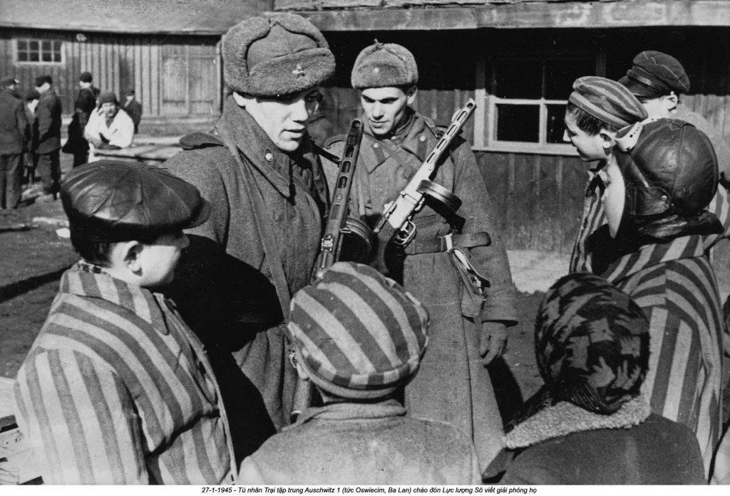 Auschwitz (27).jpg