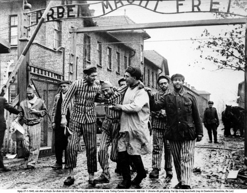 Auschwitz (30).jpg