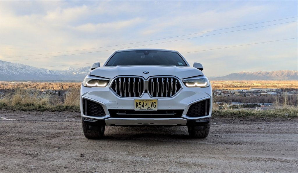 2020-BMW-X6-Off-Road-Test-Review-By-Matt-Barnes-25-1600x929.jpg
