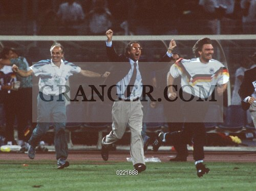 0221688-SOCCER-1990-FIFA-World-Cup-in-Italy-Final-in-Rome-Germany-1---0-Argentina---Germany-is...jpg