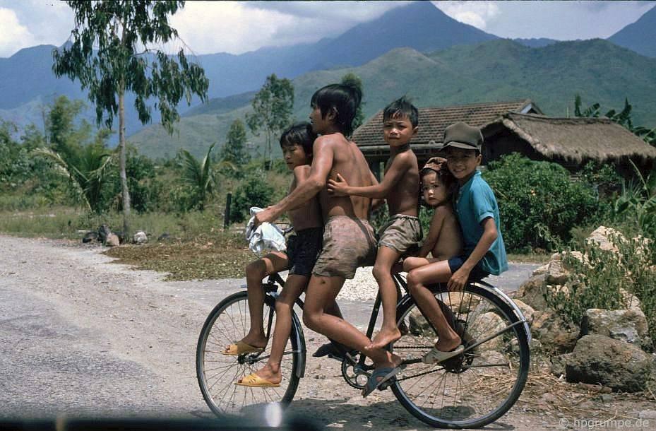 vietnam_1991_00421.jpg