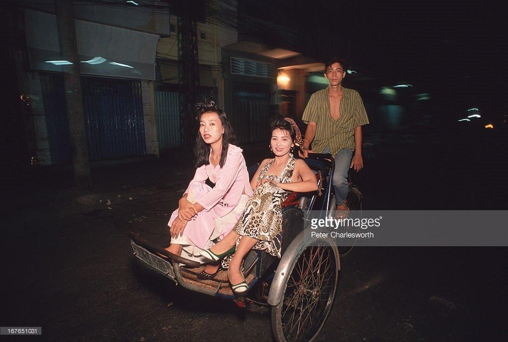 Vietnam-1990s-Peter-Charlesworth-33.jpg