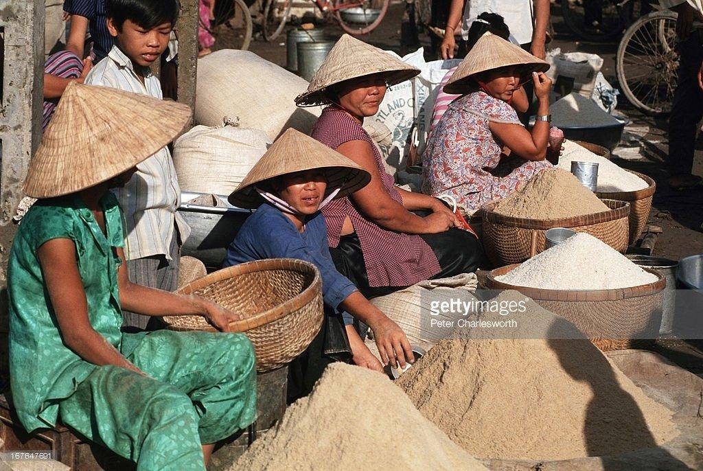 Vietnam-1990s-Peter-Charlesworth-17.jpg