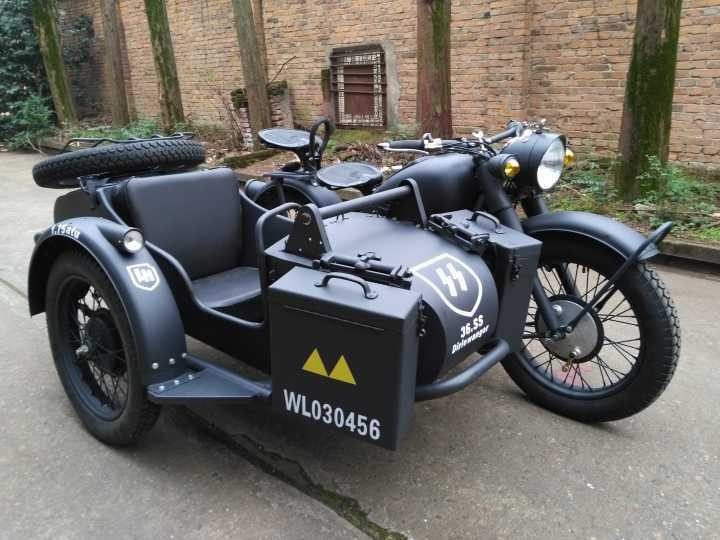 Hornet-Motorcycle-Sidecar-750CC-32HP-CJ750Y-.jpg