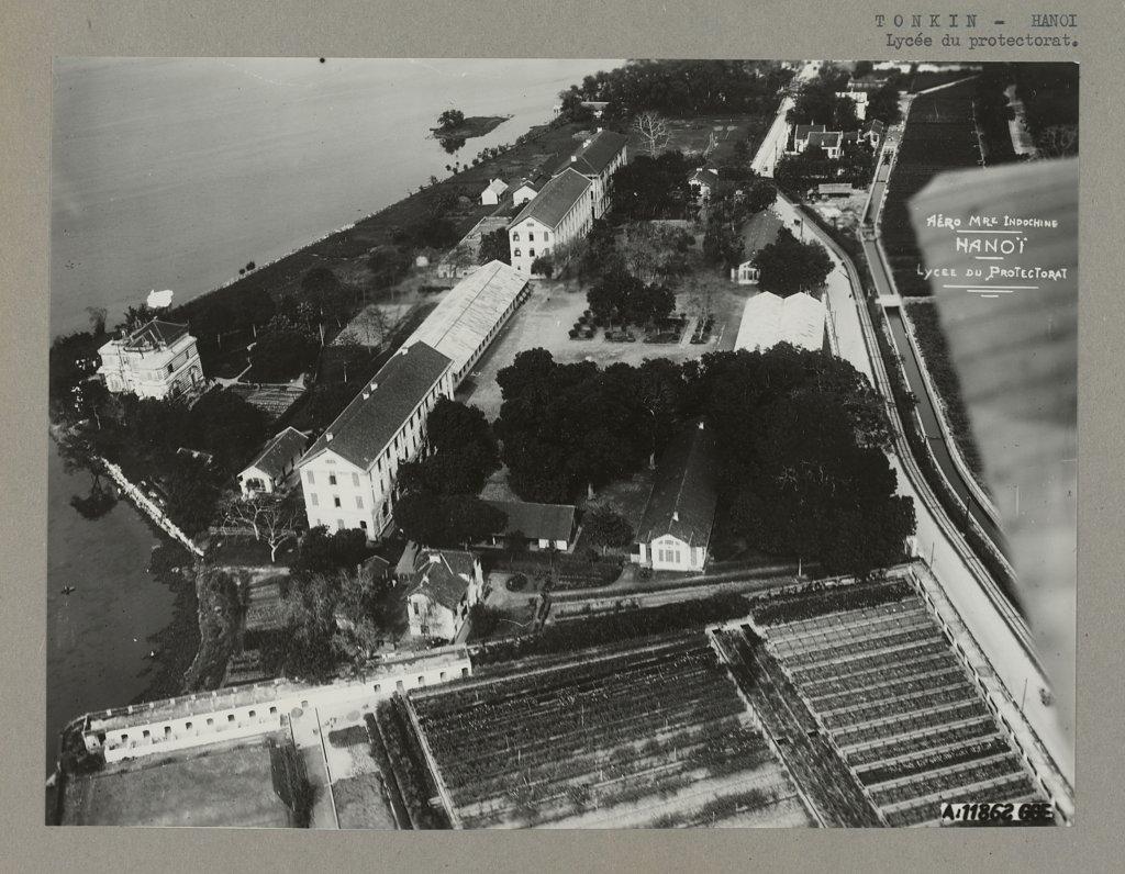 hanoi-1920-1929---lyce-du-protectorat---trng-trung-hc-bo-h-trng-bi_33460554778_o.jpg