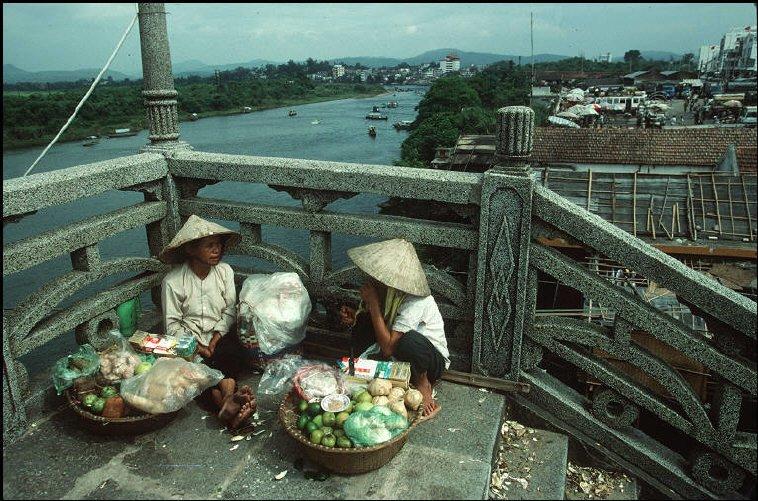 Redsvn-Quang-Ninh-Bruno-Barbey-13.jpg