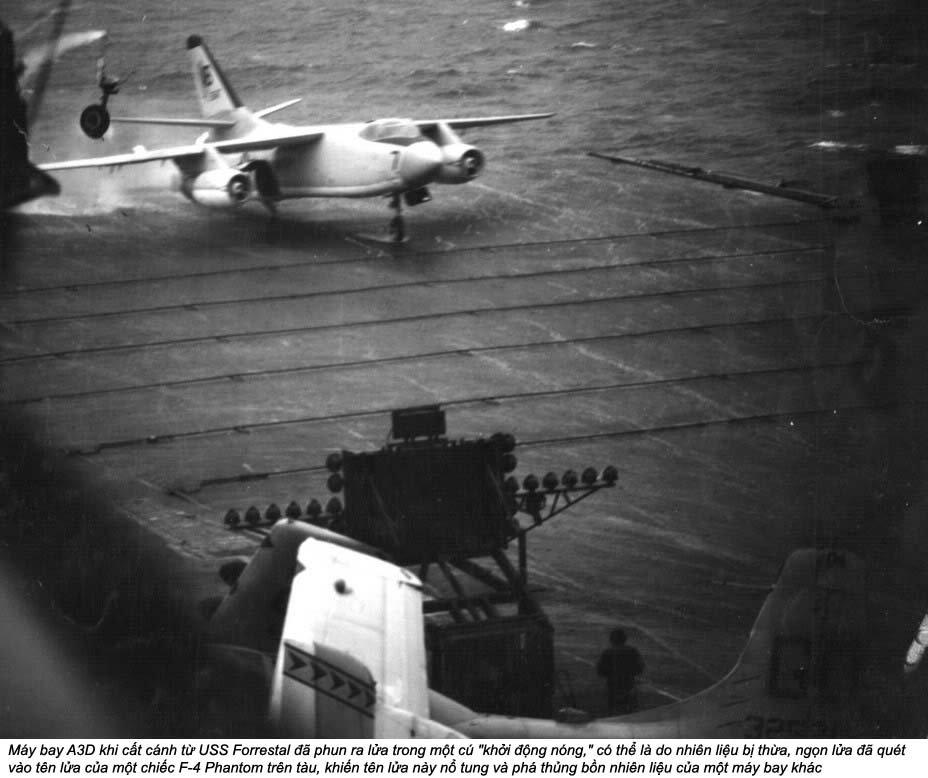 USS Forrestal (2_4).jpg