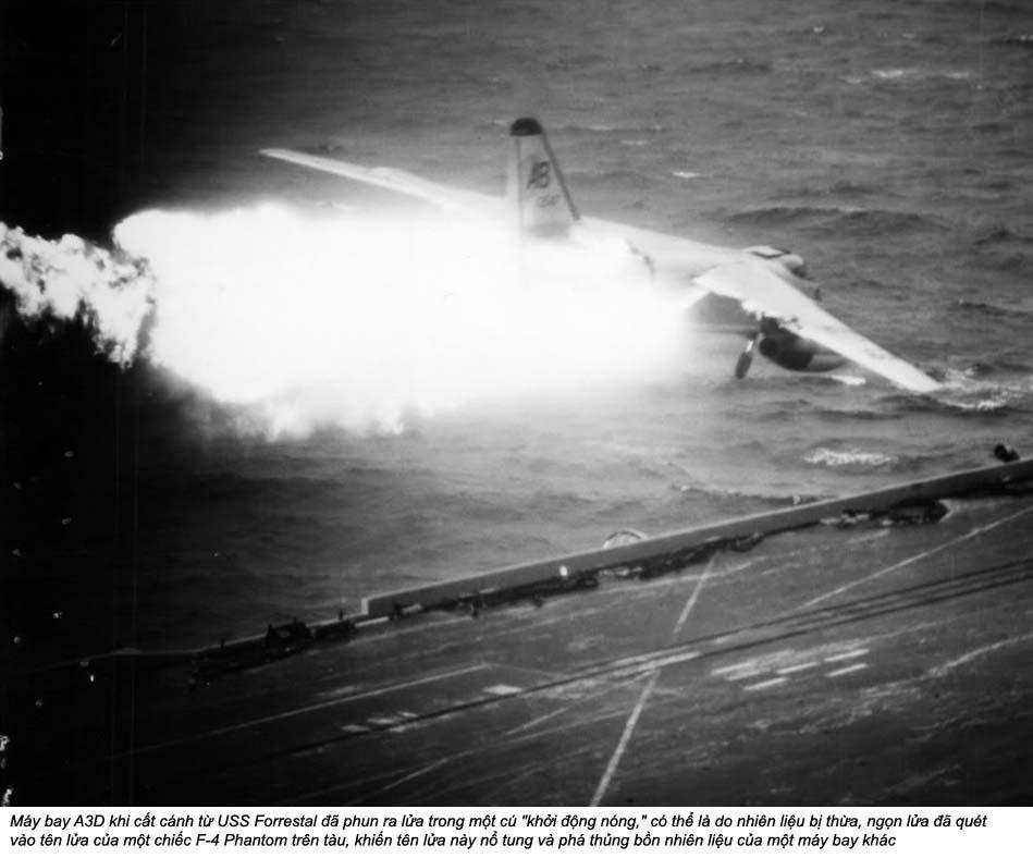 USS Forrestal (2_8).jpg
