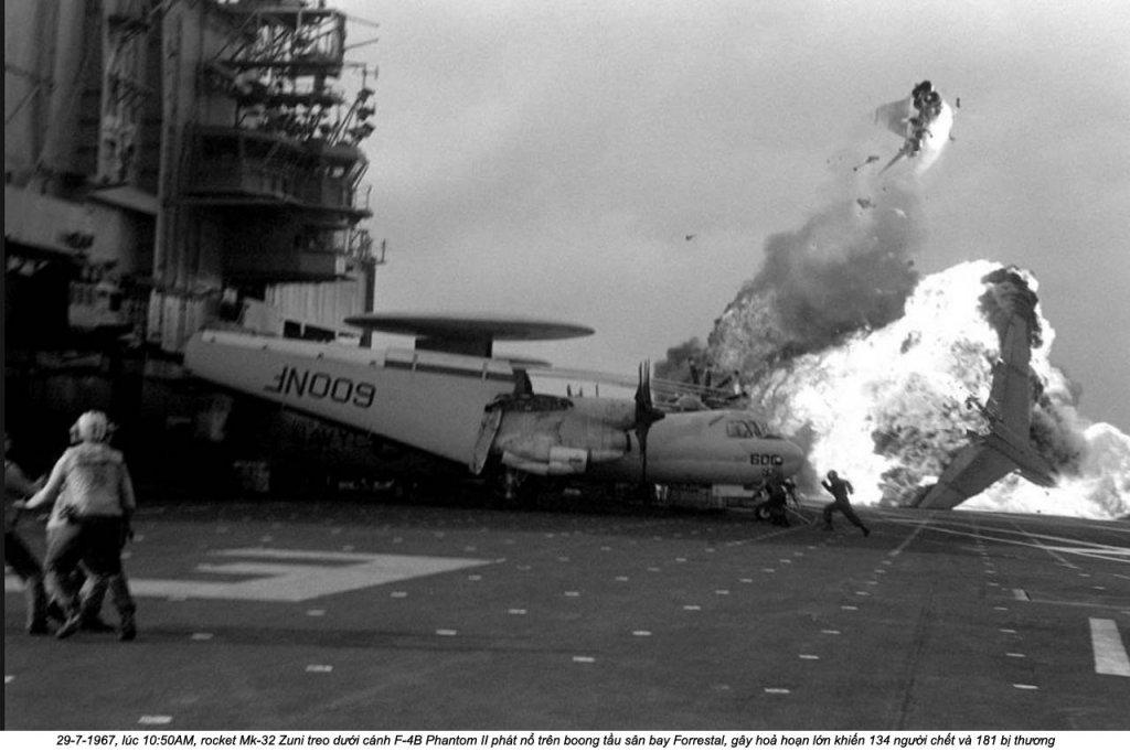 USS Forrestal (2_9).jpg