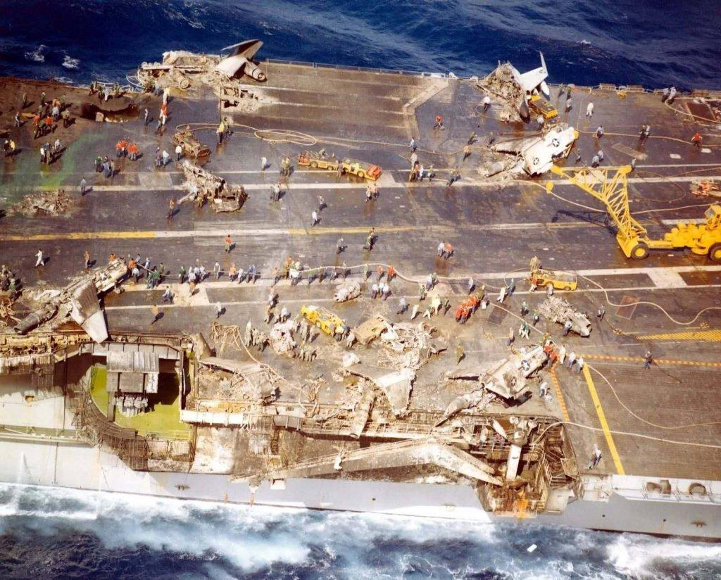 USS Enterprise (CVN-65) (2_21).jpg