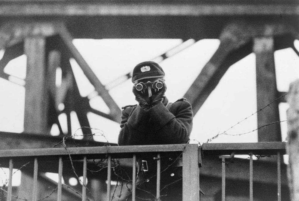 Berlin Wall 1961 (2_99).jpg