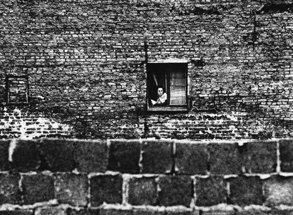 Berlin Wall 1961 (2_102).jpg