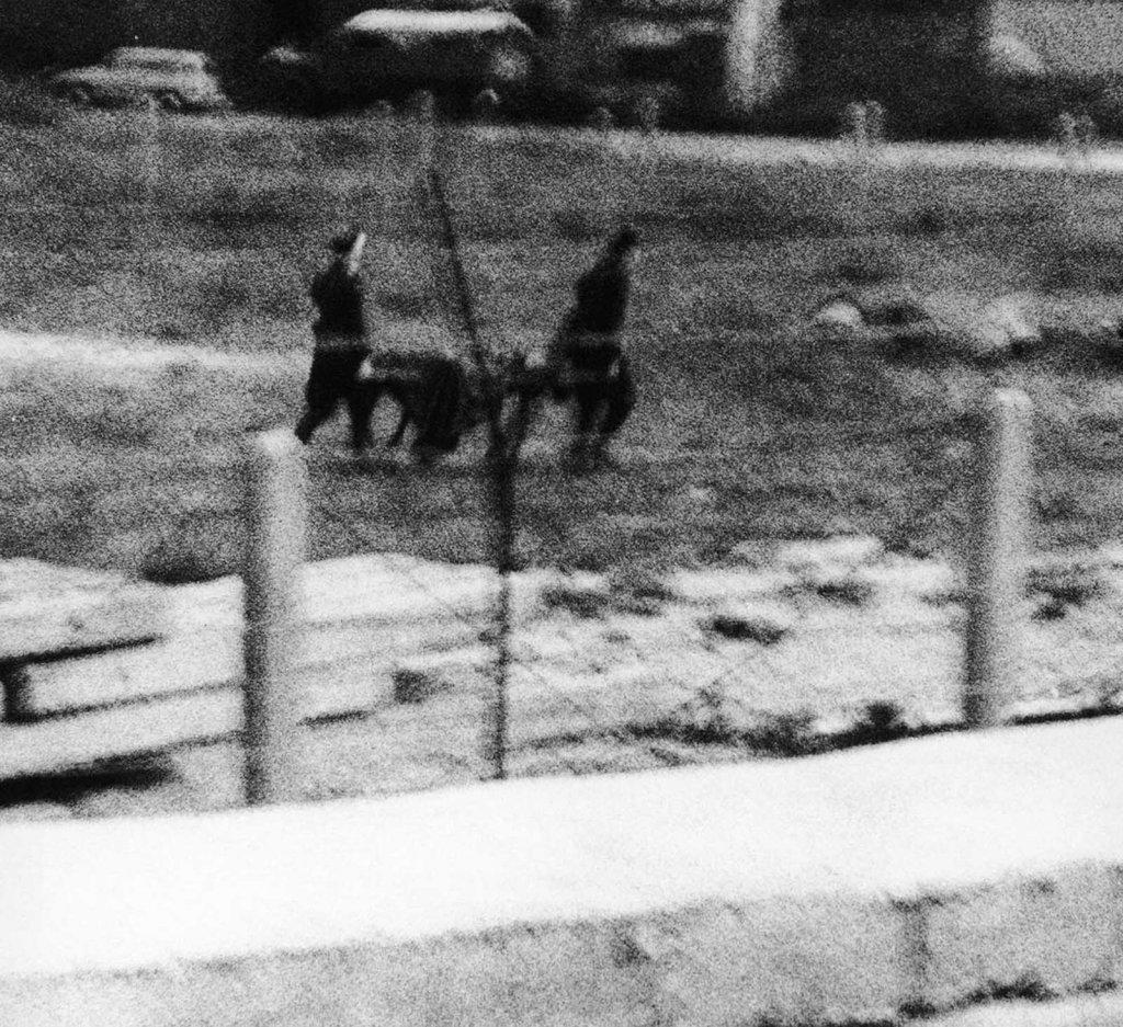 Berlin Wall 1961 (2_192).jpg