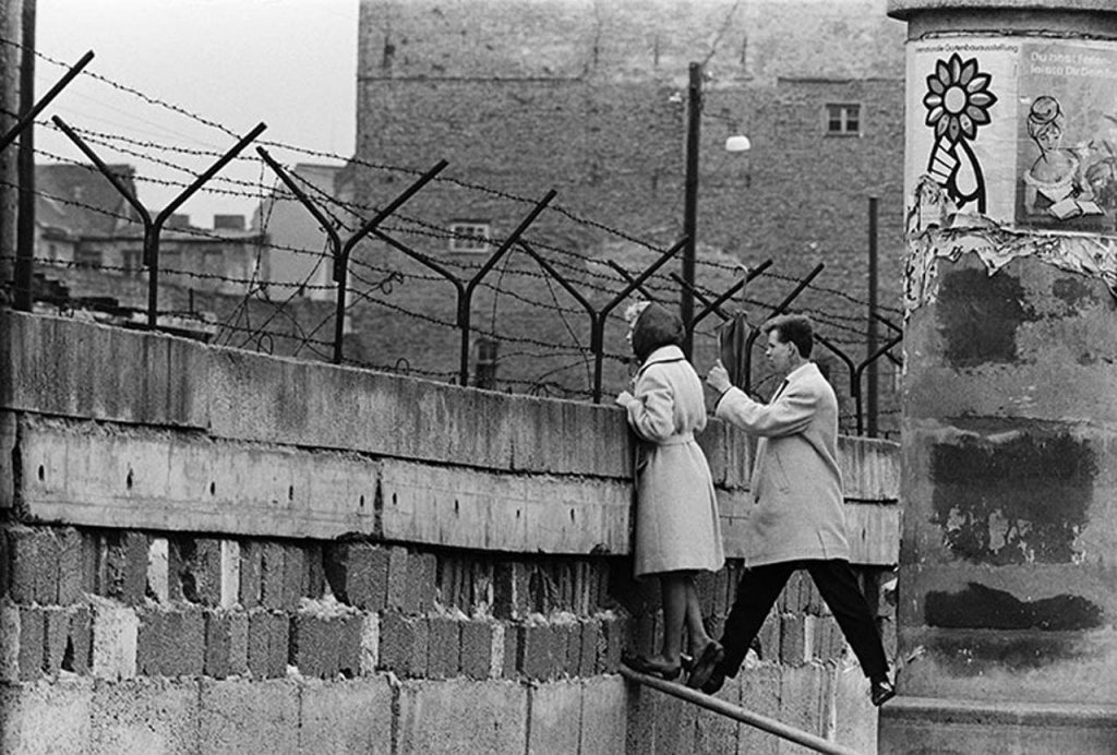 Berlin Wall 1961 (3_2).jpg