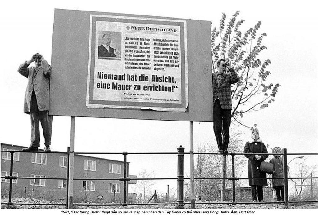 Berlin Wall 1961 (3_14).jpg