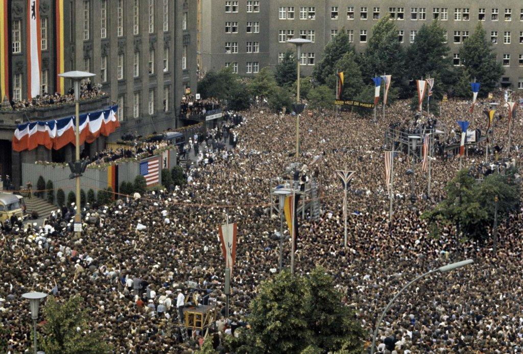 Berlin Wall 1963 (2_2).jpg