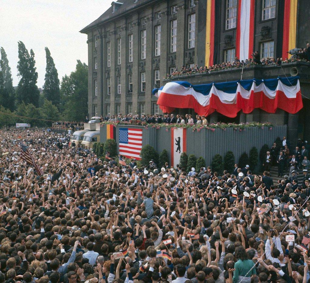Berlin Wall 1963 (2_8).jpg