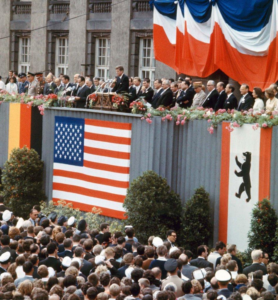 Berlin Wall 1963 (2_9a).jpg