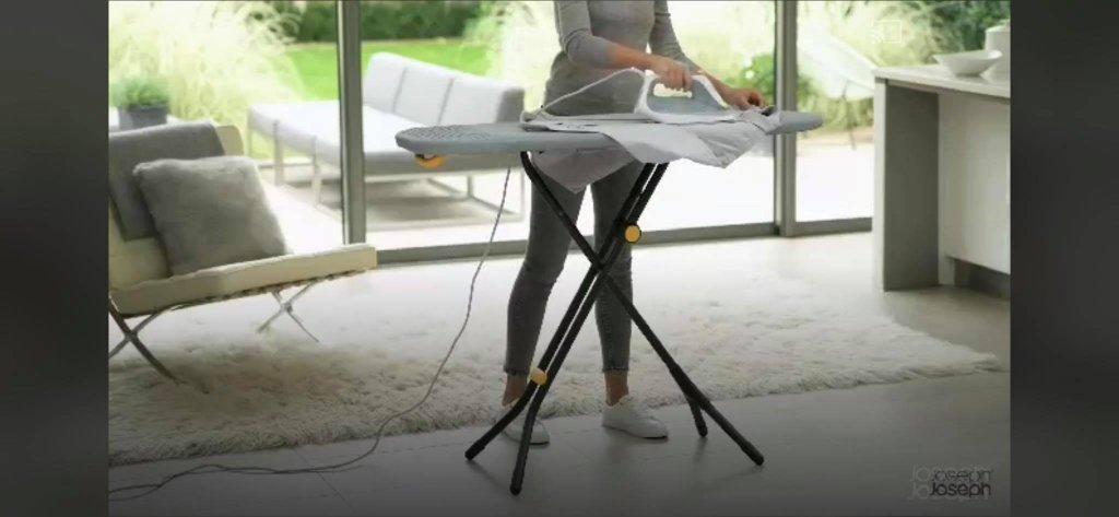 cau-la-chan-cao-Glide-Easy-store-Ironing-Board-Joseph-Joseph-50005-hang-duc-5.jpg