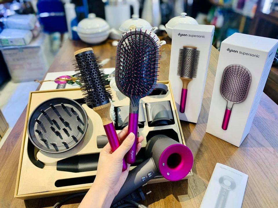 may-say-toc-Dyson-Supersonic™-hair-dryer-Iron:Fuchsia-HD03-1.jpg